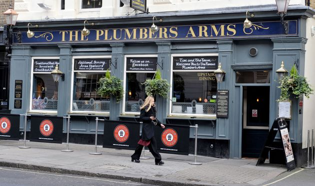 Lady Lucan ran to the Plumbers Arms after the