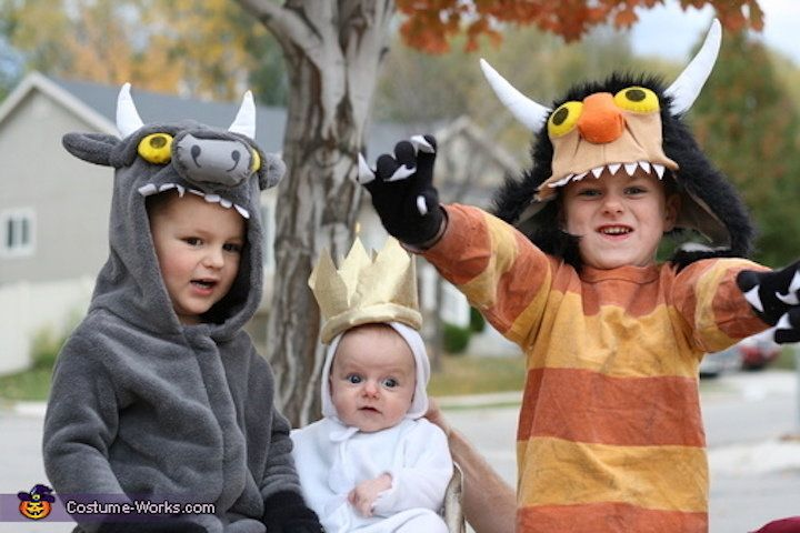 41 Halloween Costume Ideas That Are Perfect For Siblings Huffpost Life