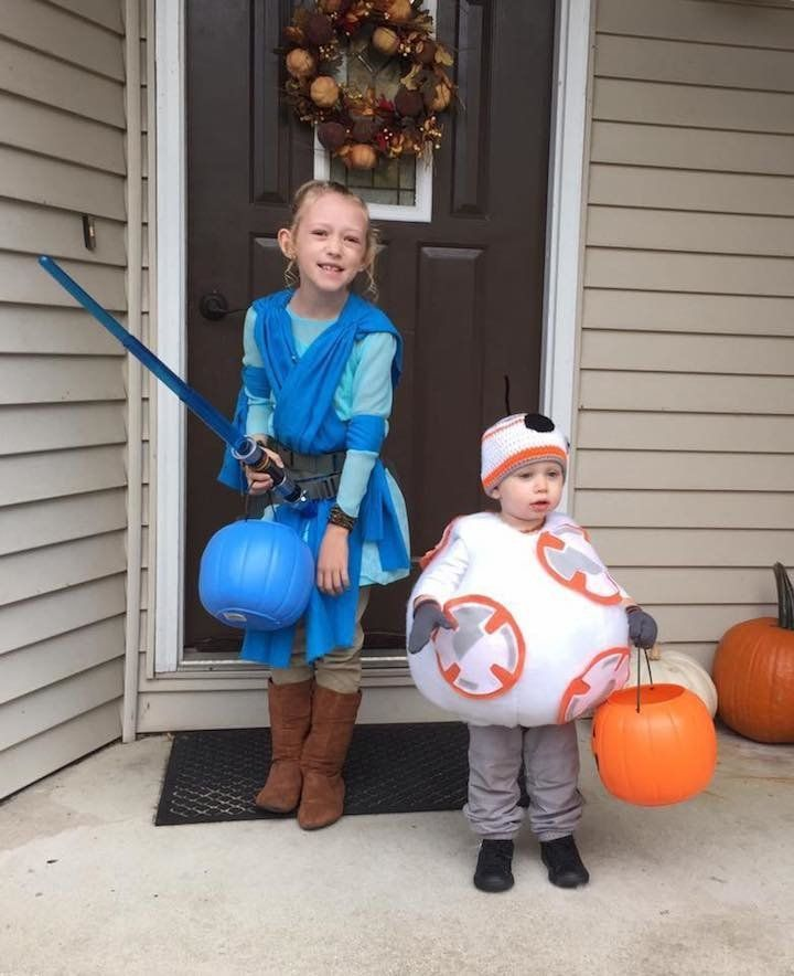 Jeni Dushane  sc 1 st  HuffPost & 41 Halloween Costume Ideas That Are Perfect For Siblings | HuffPost