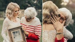 Una novia sorprende a su abuela poniéndose el vestido que ella llevó hace 55