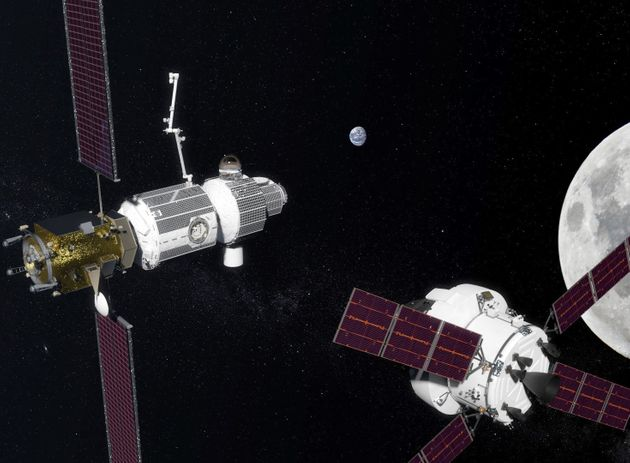 The US And Russia Sign Agreement To Build A New Space Station Around The