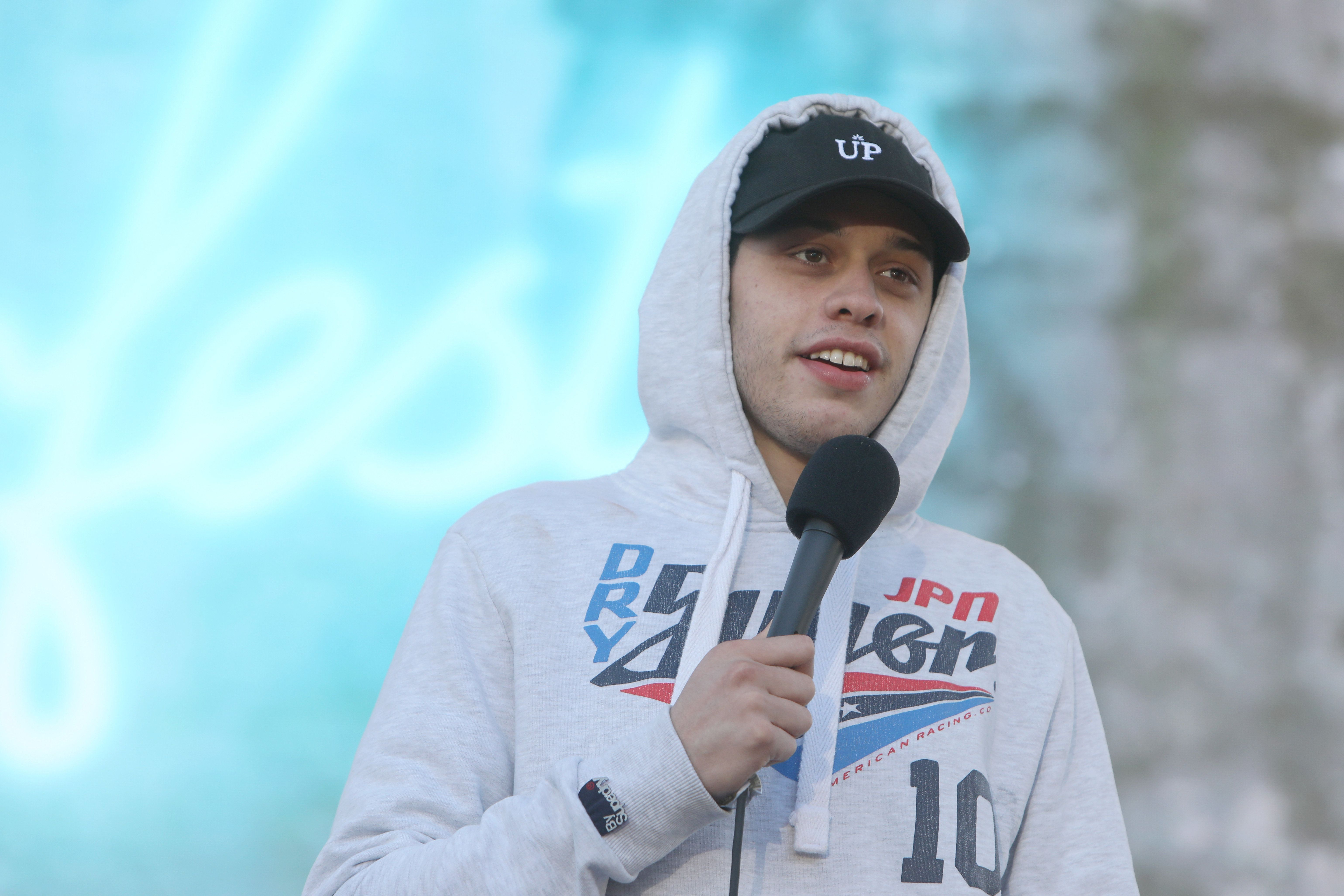 SAN FRANCISCO, CA - JUNE 03:  Comedian Pete Davidson performs onstage at the Piazza Del Cluster Stage during Colossal Clusterfest at Civic Center Plaza and The Bill Graham Civic Auditorium on June 3, 2017 in San Francisco, California.  (Photo by FilmMagic/FilmMagic)