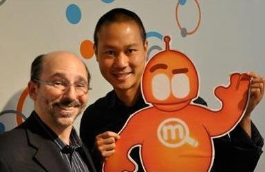 Tony Hsieh with Steven Rosenbaum and the Magnify Mascot Magnus.