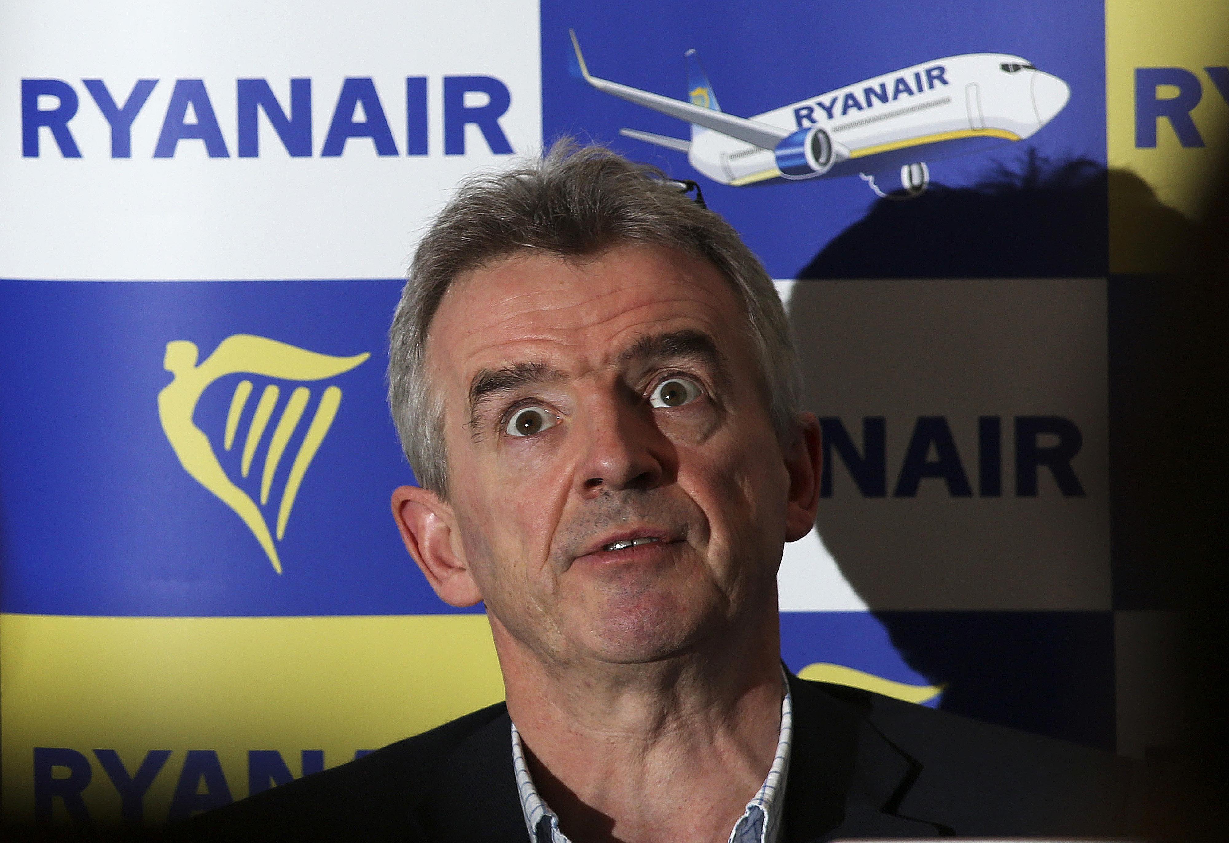 Ryanair cancels thousands more flights, 400000 passengers affected