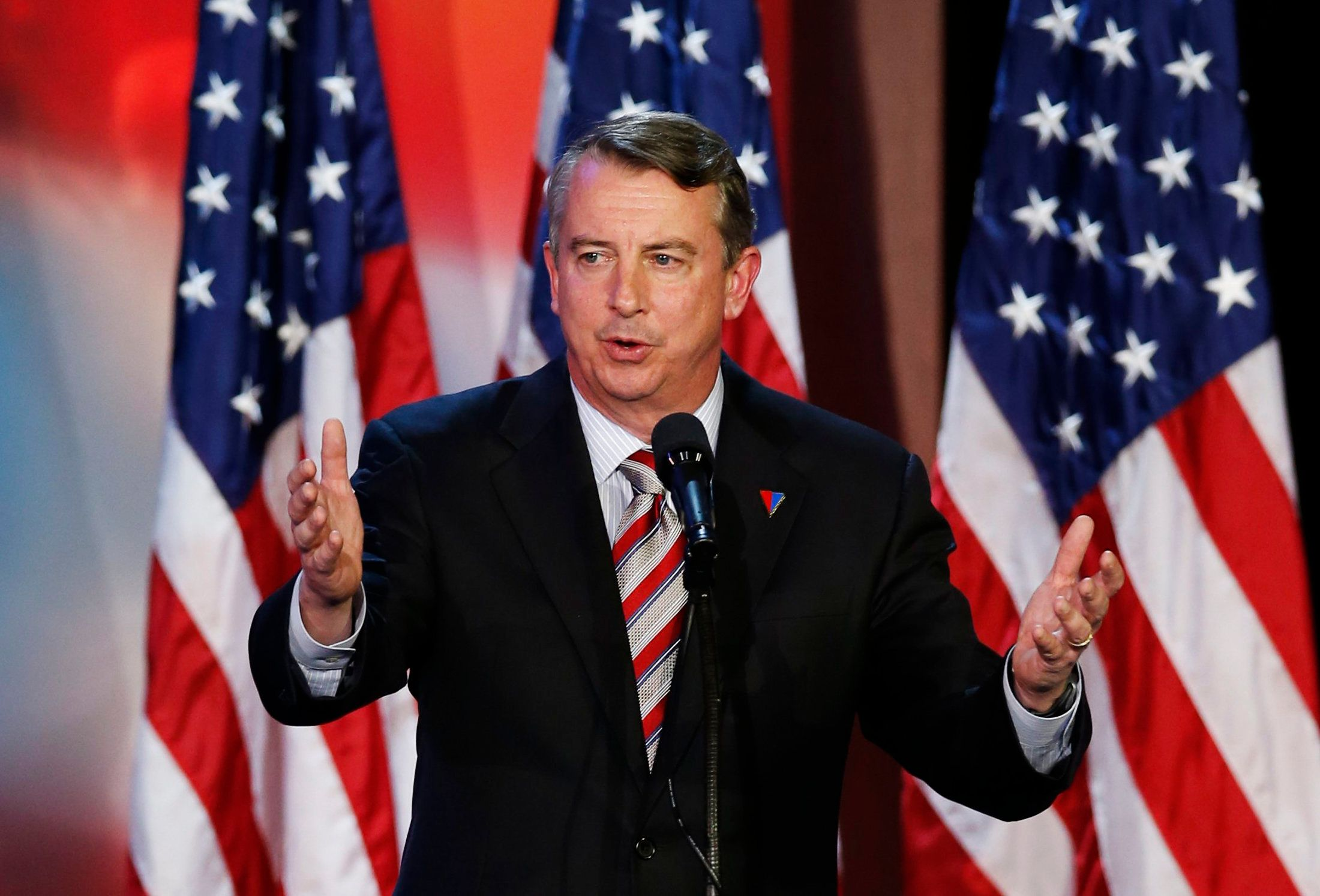 Ed Gillespie, senior political advisor of  U.S. Republican presidential nominee Mitt Romney, speaks during the Romney election night rally in Boston, Massachusetts November 6, 2012.  REUTERS/Mike Segar (UNITED STATES  - Tags: POLITICS ELECTIONS USA PRESIDENTIAL ELECTION)