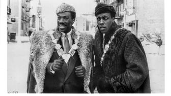 Publicity still from the comdey film 'Coming to America' (Paramount Pictures), starring Eddie Murphy and Arsenio Hall, Queens, New York, 1988. (Photo by John D. Kisch/Separate Cinema Archive/Getty Images)