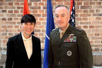 Defense Minister Søreide meeting with  General Joseph Dunford