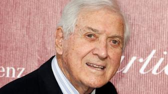 Former game show host Monty Hall arrives at the 2014 Palm Springs International Film Festival Awards Gala in Palm Springs, California January 4, 2014.  REUTERS/Fred Prouser (UNITED STATES - Tags: ENTERTAINMENT)