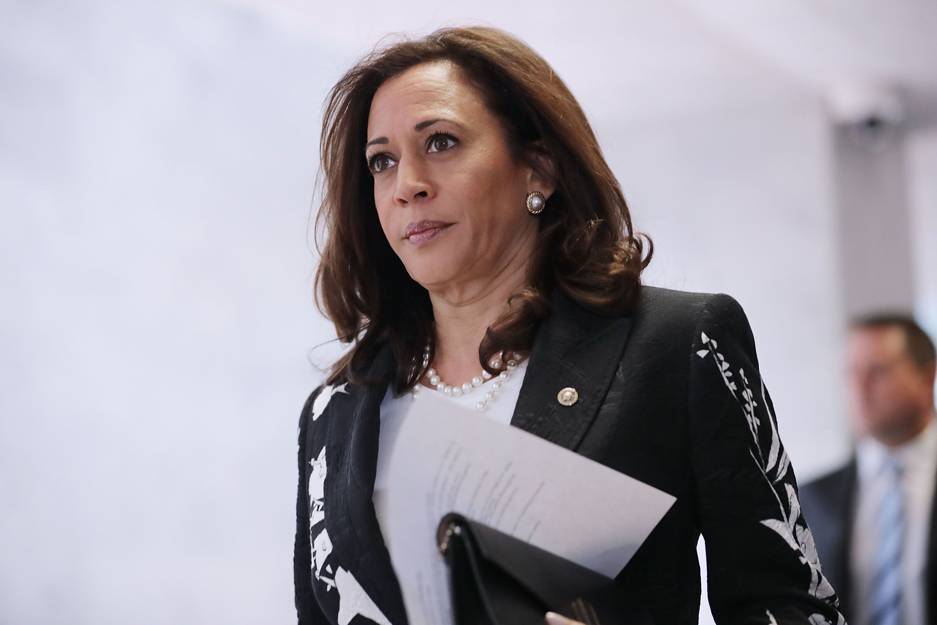 WASHINGTON, DC - JULY 27:  Sen. Kamala Harris (D-CA) heads to a closed-door meeing of the Senate Intelligence Committee in the Hart Senate Office Building on Capitol Hill July 27, 2017 in Washington, DC. The committee is continuing its investigation into Russian meddling in the 2016 presidential election.  (Photo by Chip Somodevilla/Getty Images)