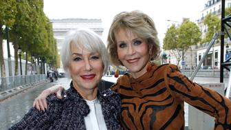 PARIS, FRANCE - OCTOBER 01:  (L-R) Actresses Jane Fonda and Helen Mirren attend 'Le Defile L'Oreal Paris show' as part of the Paris Fashion Week Womenswear Spring/Summer 2018 on October 1, 2017 in Paris, France.  (Photo by Bertrand Rindoff Petroff/Getty Images)