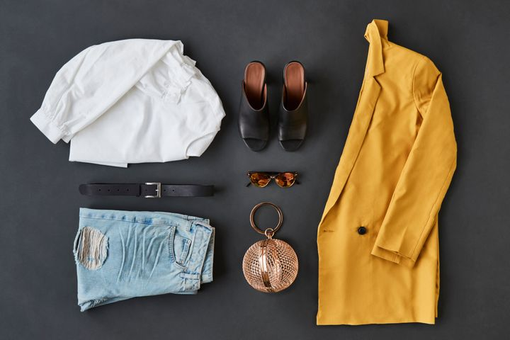 d67aad8eae3 5 Ridiculously Easy Steps To Create A Fall Capsule Wardrobe ...