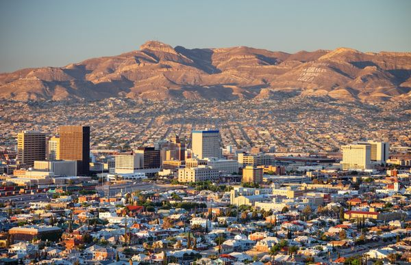 """<a href=""""https://realestate.usnews.com/places/texas/el-paso"""" target=""""_blank"""">El Paso'spopulation is fairly young</a>, b"""