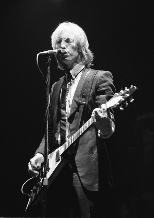Performing at the Riviera Theatre in Chicago Sept. 28, 1978.