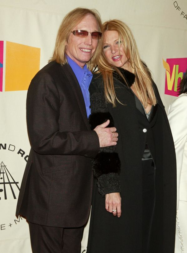 With wife Dana York during the 19th Annual Rock and Roll Hall of Fame Induction Ceremony on March 15, 2004.