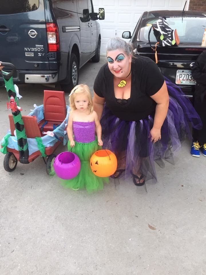 4a30d8bff0 25 Mother-Daughter Costumes To Inspire You This Halloween | HuffPost ...