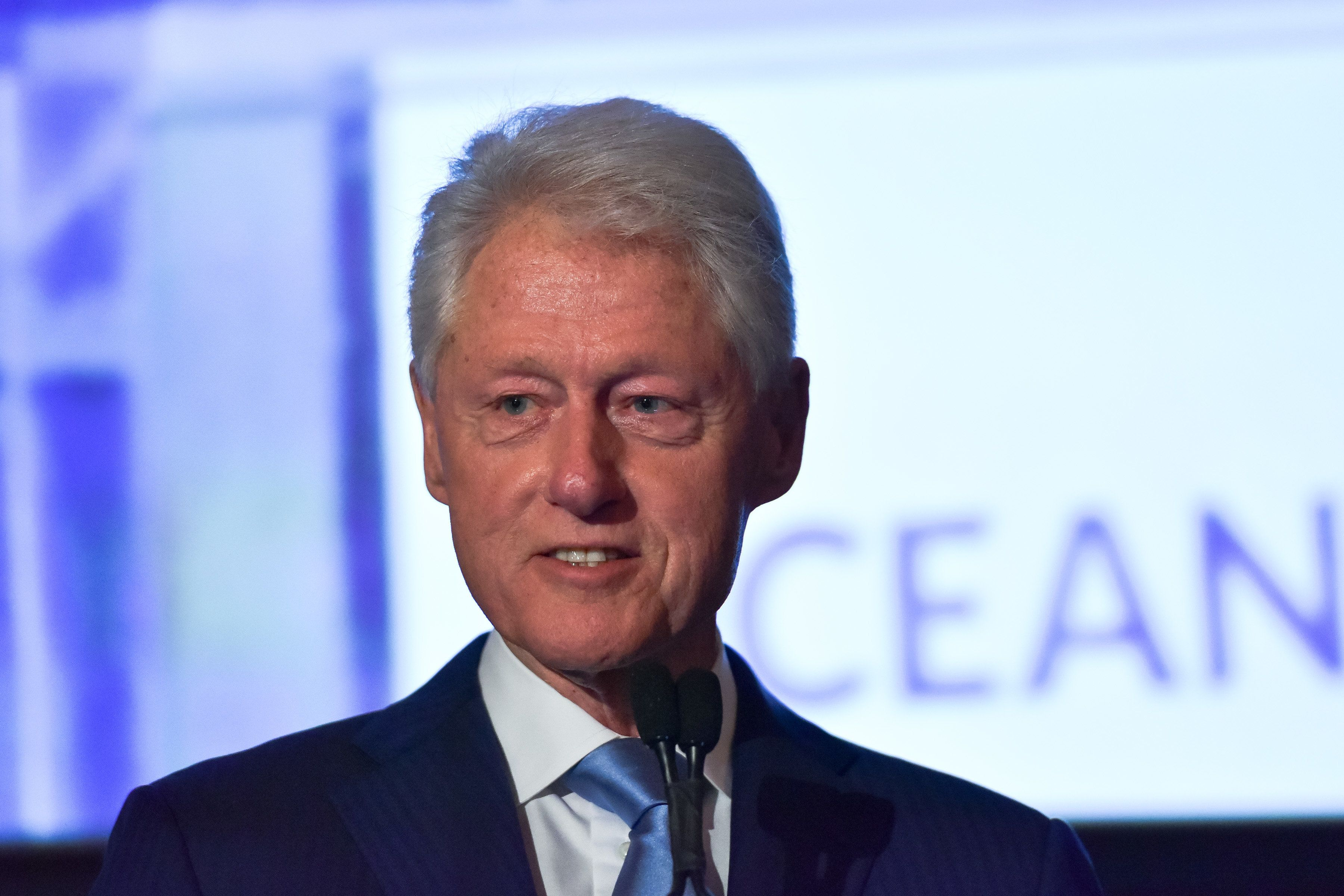 TARRYTOWN, NY - SEPTEMBER 13:  Former U.S. President Bill Clinton attends the Oceana New York Gala at Blue Hill at Stone Barns on September 13, 2017 in Tarrytown, New York.  (Photo by Sean Zanni/Patrick McMullan via Getty Images)