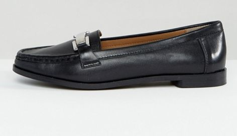 "<a href=""http://us.asos.com/park-lane/park-lane-wide-fit-leather-loafers/prd/7783106?clr=blackleather&SearchQuery=loafers"