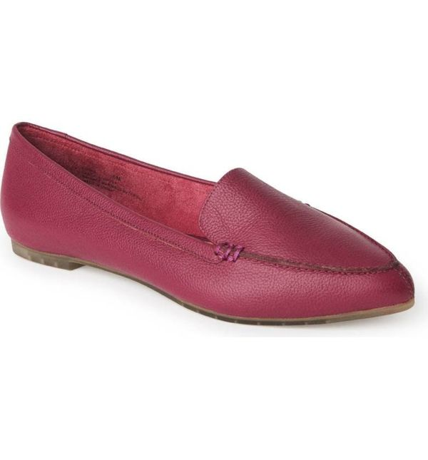 "<a href=""http://shop.nordstrom.com/s/me-too-audra-loafer-flat-women/4576207?origin=category-personalizedsort&fashioncolor"