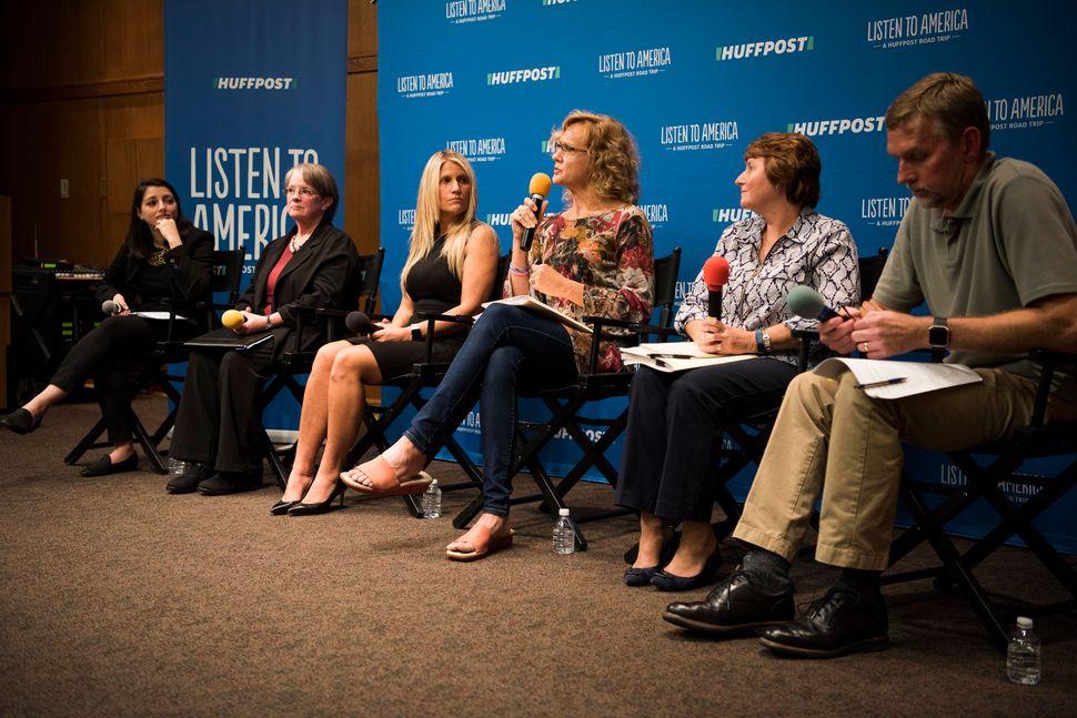 Moderator Rebecca Kleinlistens to panelists Laurie Johnson, Beth Bearman, Anne Duff, Karen Francisco and Mark Berends d