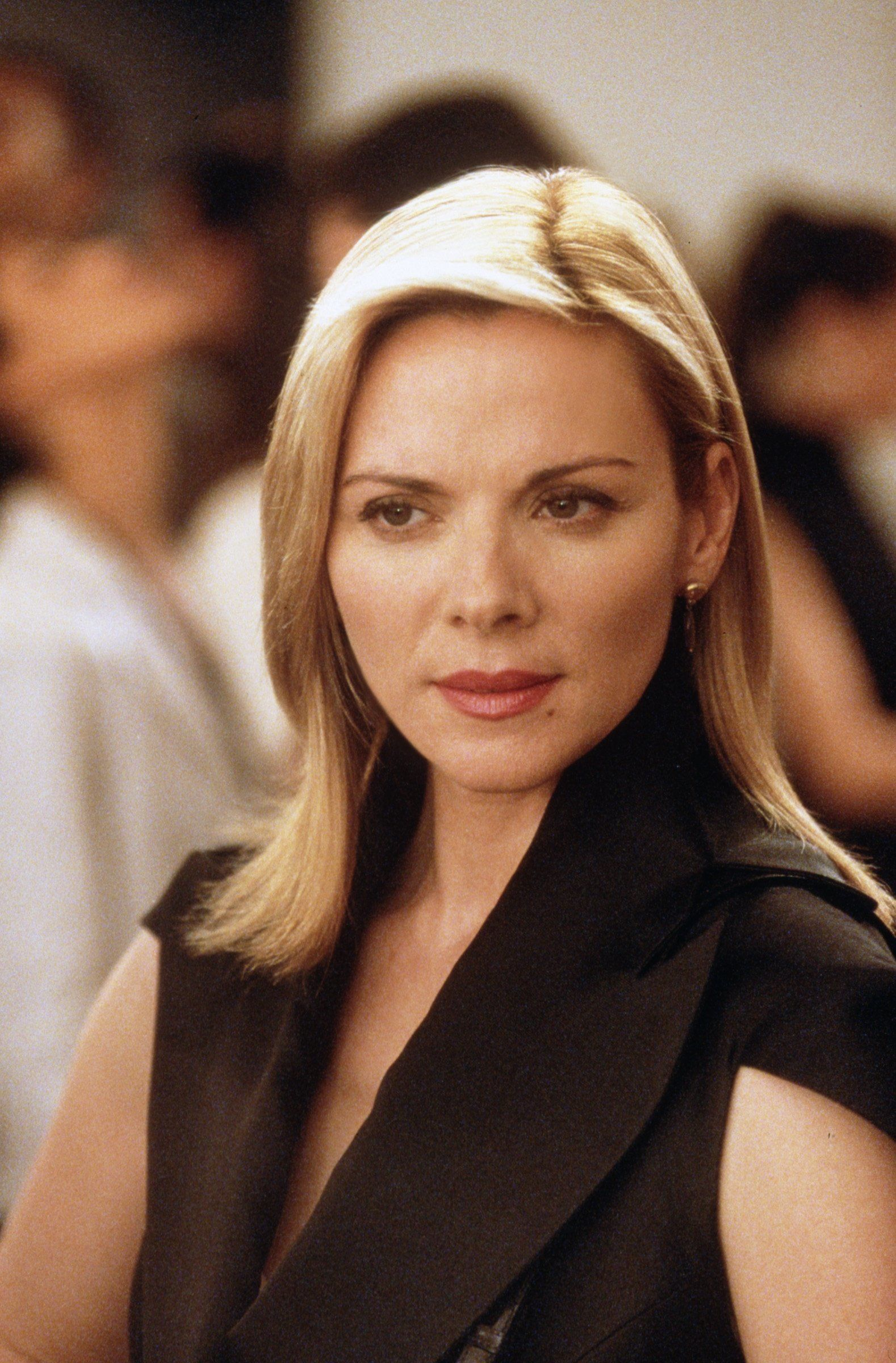 382260 07: Kim Cattrall Stars In The Comedy Series 'Sex And The City' Now In Its Third Season.  (Photo By Getty Images)