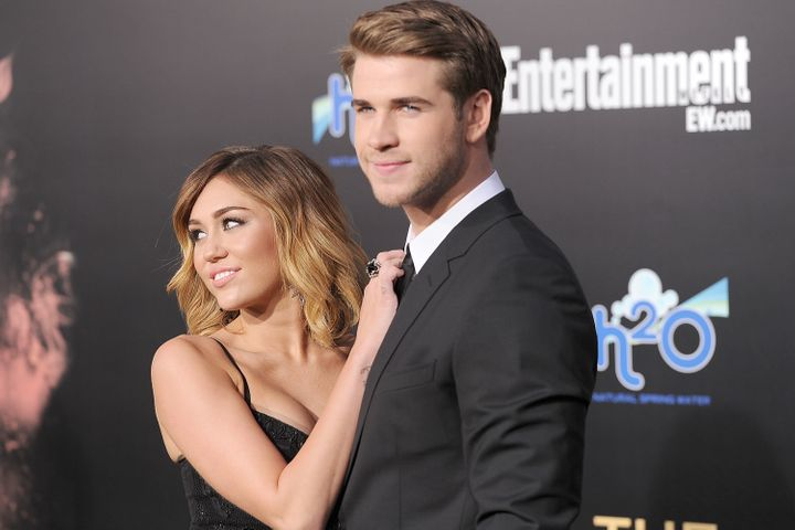 Cyrus and Hemsworth in 2012.