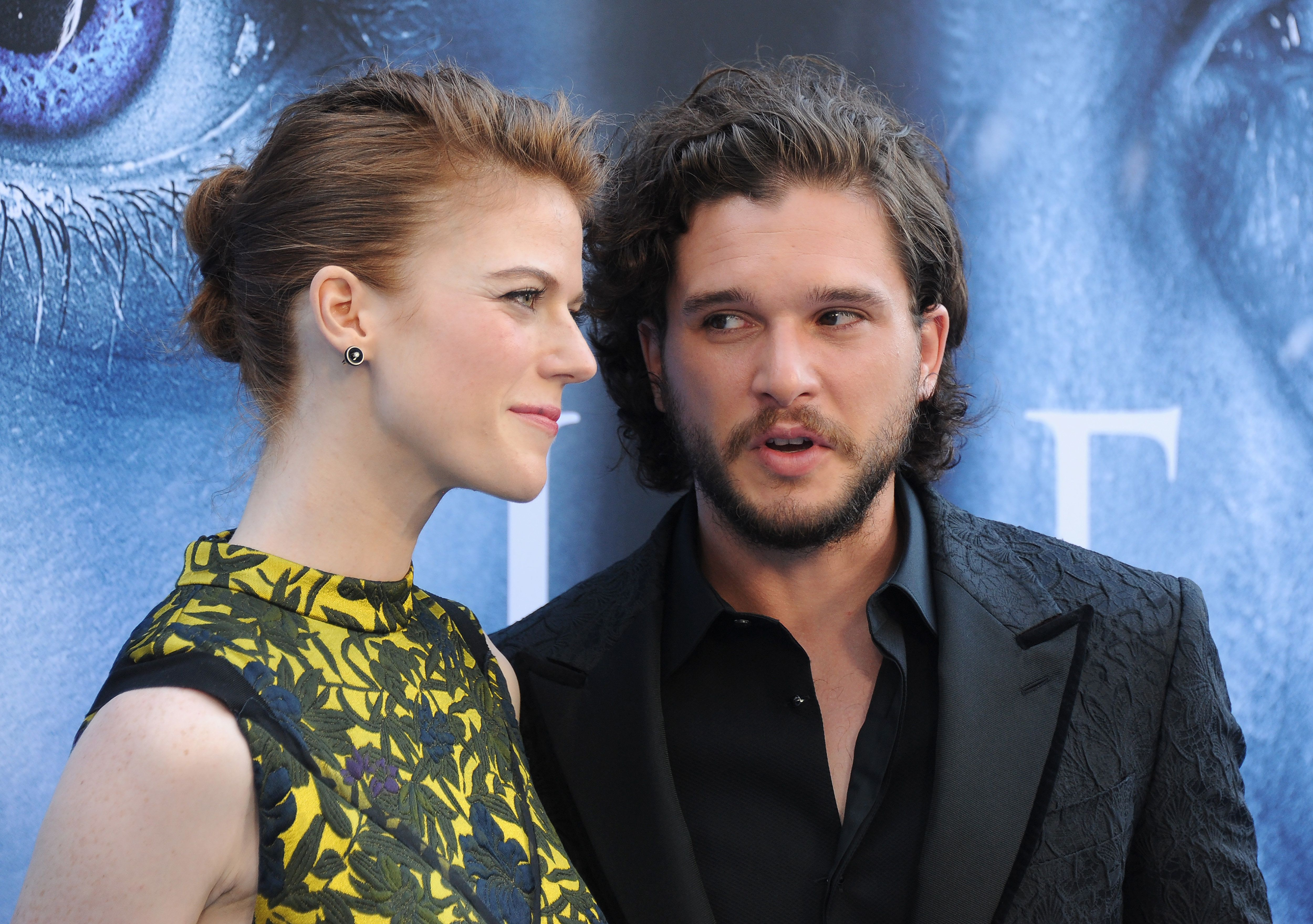 LOS ANGELES, CA - JULY 12:  Actors Kit Harington and Rose Leslie arrive at the premiere of HBO's 'Game Of Thrones' Season 7 at Walt Disney Concert Hall on July 12, 2017 in Los Angeles, California.  (Photo by Gregg DeGuire/WireImage)