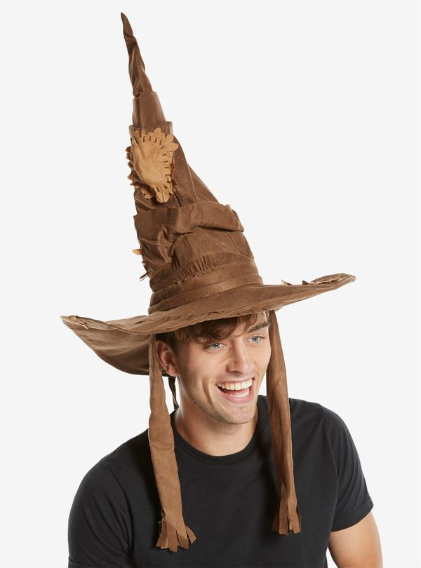"Even a Muggle will appreciate this <a href=""http://www.boxlunch.com/product/harry-potter-sorting-hat/11033306.html"" target=""_"