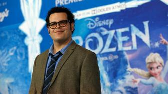 "Cast member Josh Gad poses at the premiere of ""Frozen"" at El Capitan theatre in Hollywood, California November 19, 2013. The movie opens in the U.S. on November 27.   REUTERS/Mario Anzuoni  (UNITED STATES - Tags: ENTERTAINMENT)"