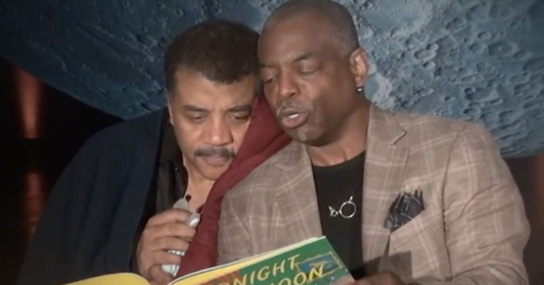 LeVar Burton Reading 'Goodnight Moon' To Neil DeGrasse Tyson Is Just Awesome