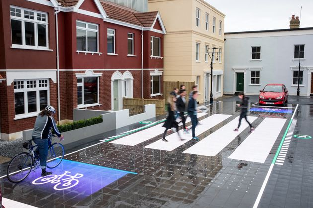 This 'Smart' Street Crossing Warns Drivers Of Pedestrians If They Aren't Paying