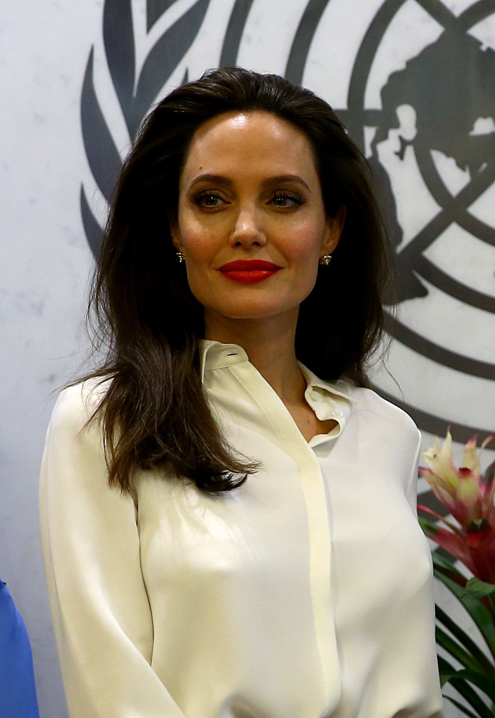 NEW YORK, USA - SEPTEMBER 14: US actress and the UN refugee agency UNHCR (United Nations High Commissioner for Refugees) Special Envoy Angelina Jolie meets United Nations Secretary General Antonio Guterres (not seen) at United Nation's building in New York, United States on September 14, 2017. (Photo by Volkan Furuncu/Anadolu Agency/Getty Images)