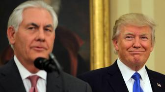 U.S. President Donald Trump attends the swearing-in ceremony of the new U.S. Secretary of State  Rex Tillerson at the Oval Office of the White House in Washington, U.S., February 1, 2017. REUTERS/Carlos Barria