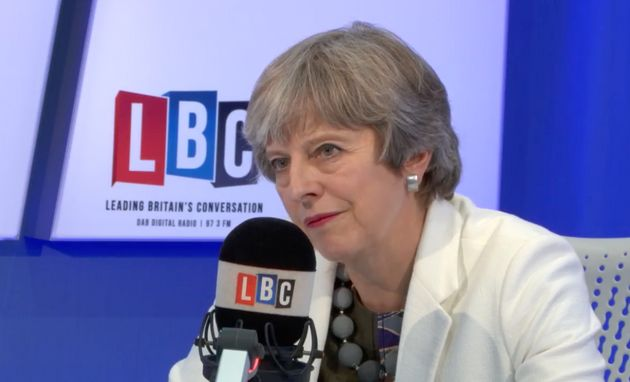 Theresa May Refuses To Guarantee Rights Of EU Citizens If There Is No Brexit