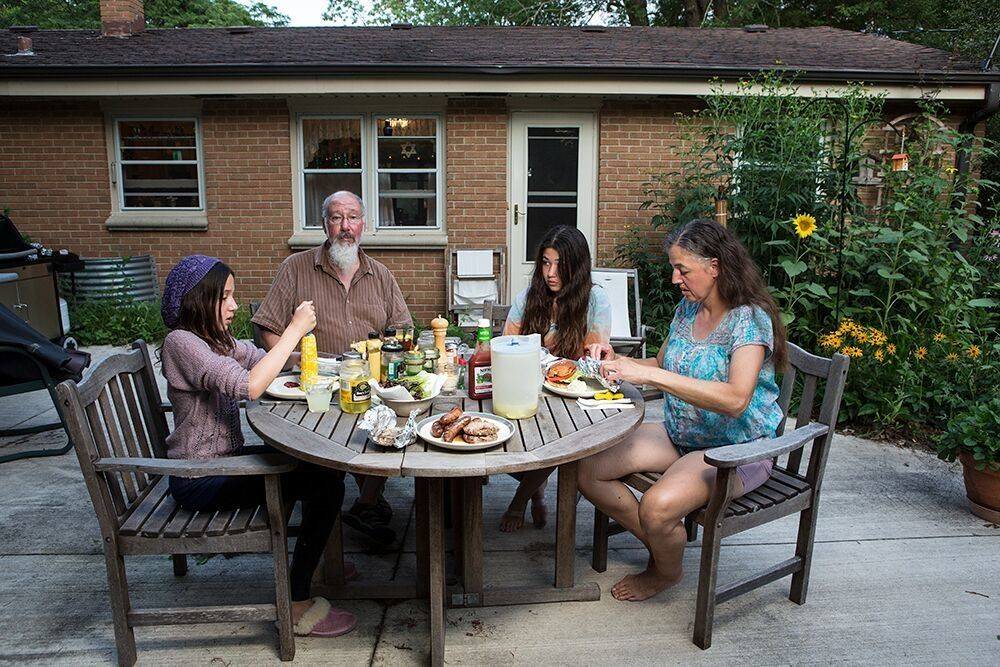 Zoe, Dave, Emma and Kareneat dinner in Wisconsin.
