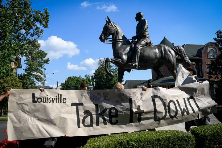 the american struggle with the removal of statues and monuments in the country Confederate statues,  perhaps especially to an african-american who lives in the american south, where such towering monuments to  the removal of monuments.