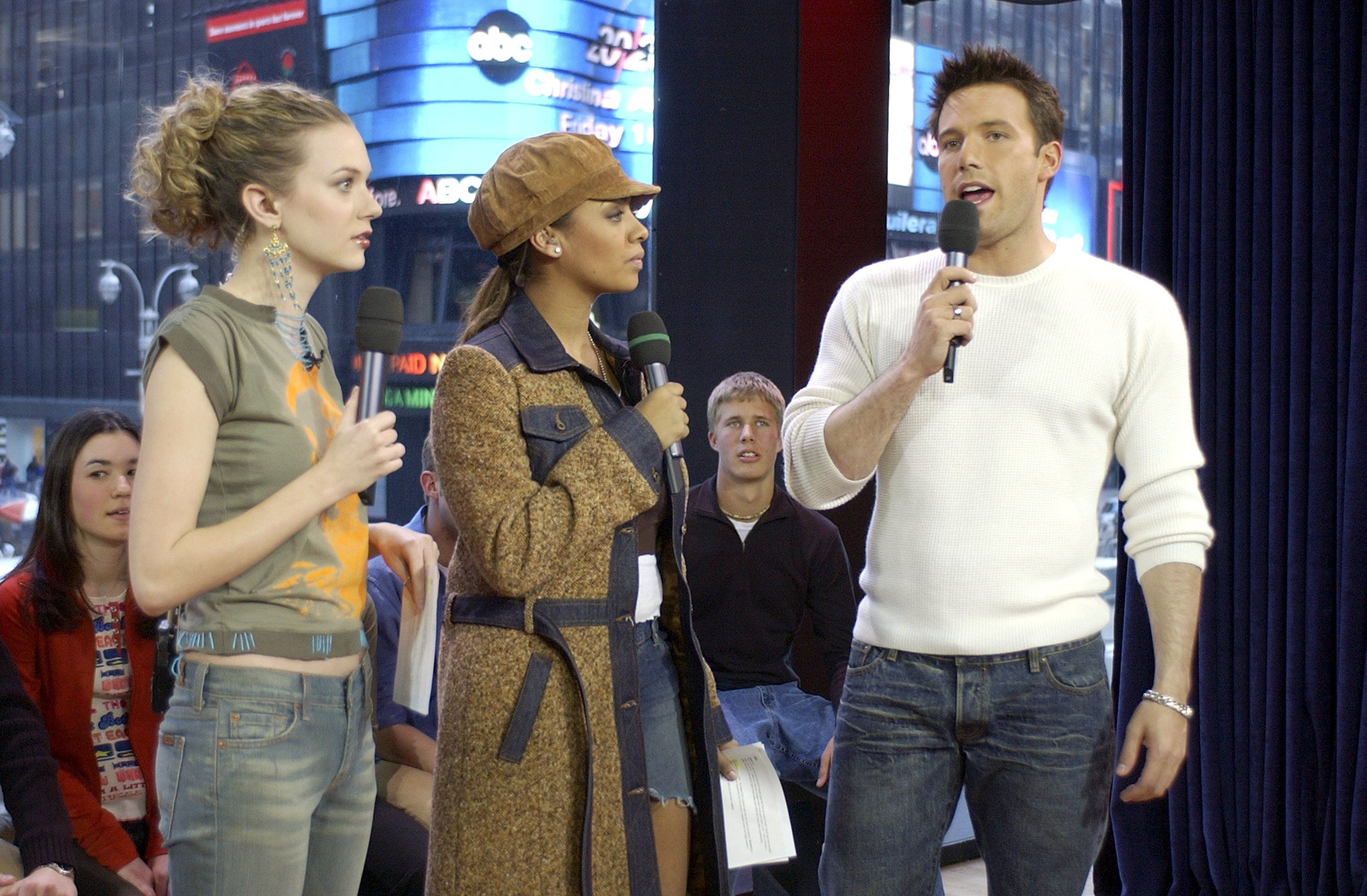 NEW YORK - FEBRUARY 13:  (U.S. TABS OUT) Actor Ben Affleck appears with VJ's Hilarie Burton and La La on MTV's 'TRL' at the MTV Times Square Studios February 13, 2003 in New York City.  (Photo by Frank Micelotta/Getty Images)
