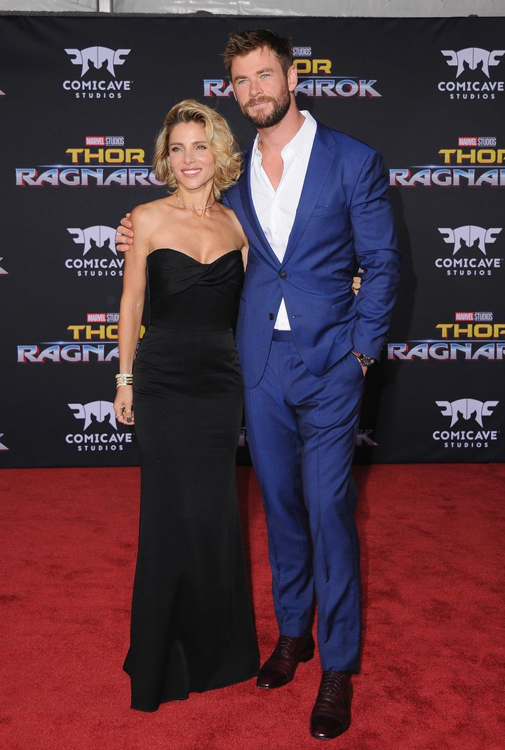 "Elsa Pataky and Chris Hemsworth walk the red carpet at ""Thor: Ragnarok"" premiere."