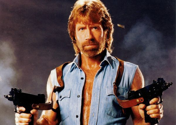 "<a href=""https://www.amazon.com/Sleeveless-Denim-Shirt-Biker-Pockets/dp/B00G4OZA9C?tag=thehuffingtop-20&th=1"" target=""_blank"""