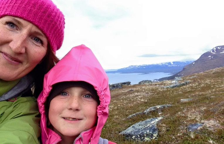 Linda poses with daughter Maia (Facebook / Rain or Shine Mamma)