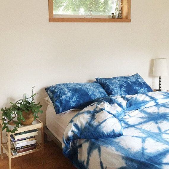 "Shibori is the ""it"" textile art of the moment. This <a href=""https://www.etsy.com/listing/261001279/hand-dyed-indigo-bedding-"