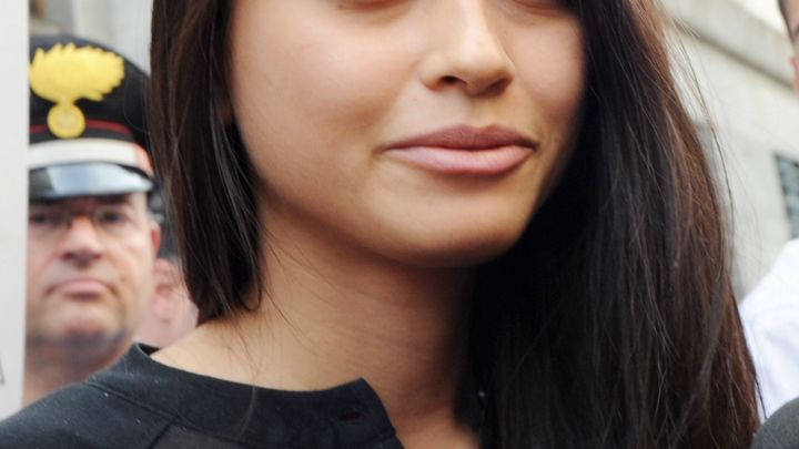 The New Yorker reported that Ambra Battilana Gutierrez, a Filipina-Italian model, went to Weinstein's office in Tribeca...