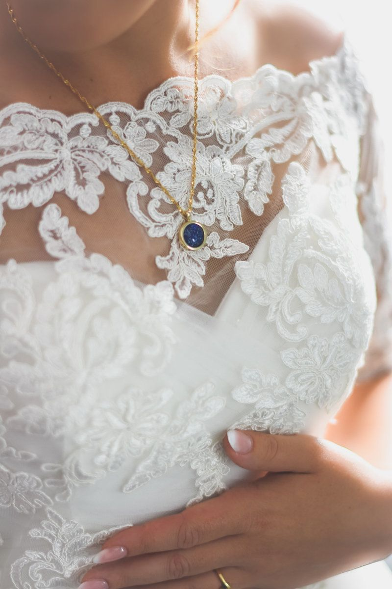 Bride Wears Late Father's Ashes In Necklace On Wedding Day So He Feels