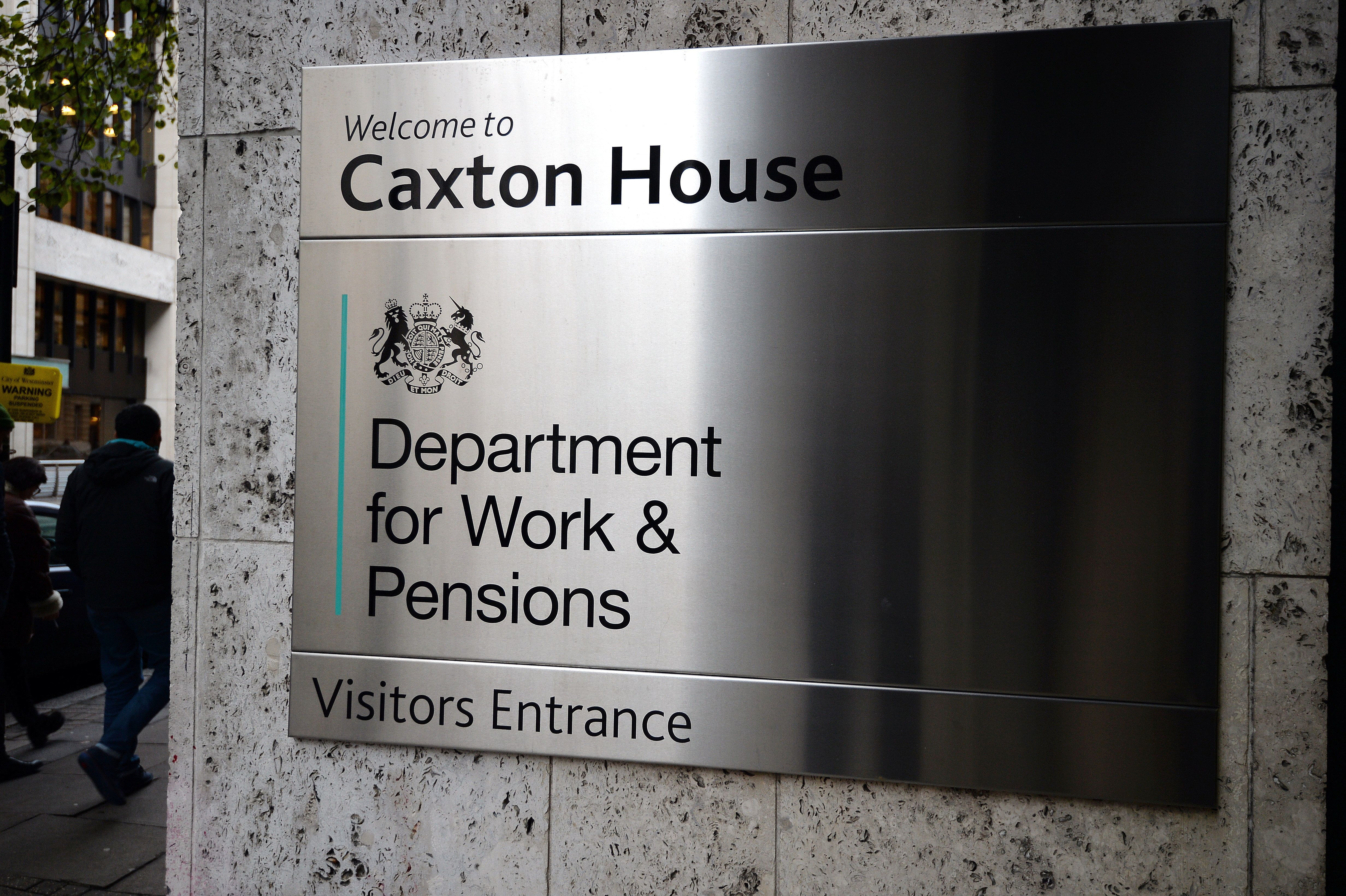 The DWP has admitted Universal Credit claimants do need to use the phone to arrange an initial