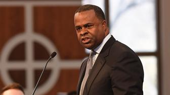 ATLANTA, GA - JANUARY 16:  Atlanta mayor Kasim Reed speaks onstage at 2017 The Martin Luther King, Jr. Annual Commemorative Service at Ebenezer Baptist Church on January 16, 2017 in Atlanta, Georgia.  (Photo by Paras Griffin/Getty Images)