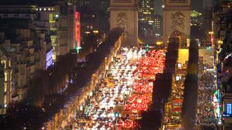 General view of the Champs Elysees Avenue as rush hour traffic fills the avenue leading up to the Arc de Triomphe, in Paris, France, December 28, 2015.  REUTERS/Charles Platiau