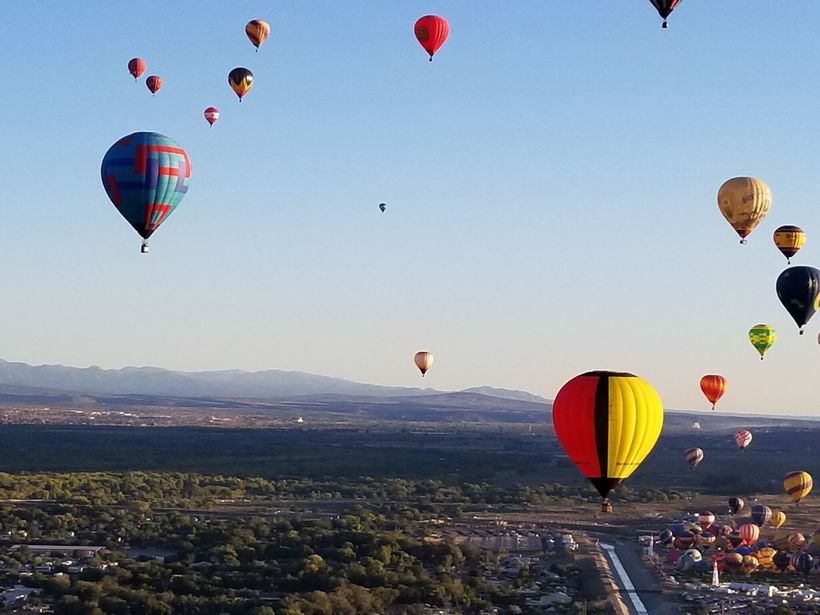 Scenes from a flight, 2017 Albuquerque International Balloon Festival.