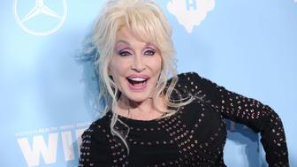 WEST HOLLYWOOD, CA - SEPTEMBER 15:  Dolly Parton attends Variety and Women In Film's 2017 pre-Emmy celebration at Gracias Madre on September 15, 2017 in West Hollywood, California.  (Photo by Jason LaVeris/FilmMagic)