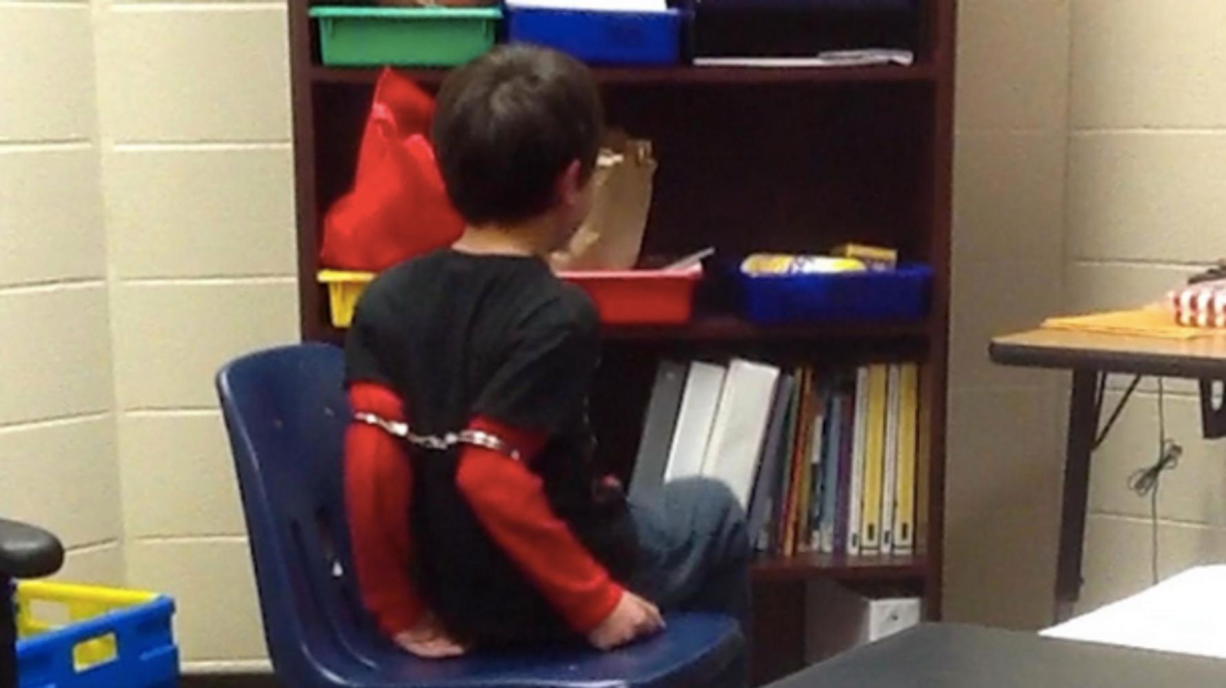 Handcuffing Little Kids May Not Be >> Federal Judge Rules Handcuffing Little Kids Above Their