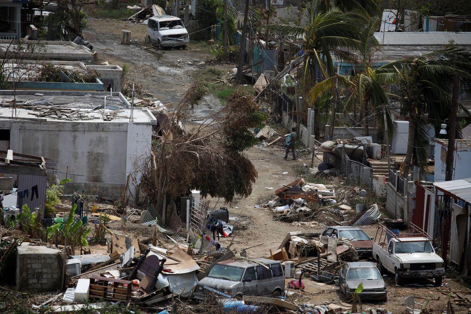 Un barrio de Canóvanas, Puerto Rico, destrozado por el huracán