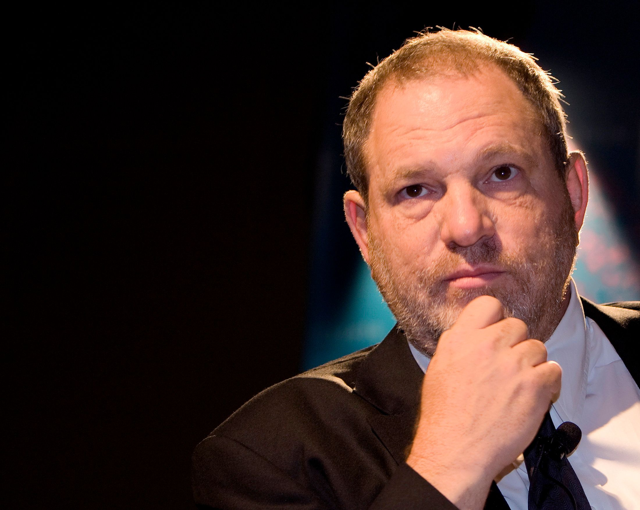 Harvey Weinstein, Co-Chairman of the Weinstein Company, kicks off the Film Finance Circle conference with an informal discussion at the inaugural Middle East International Film Festival in Abu Dhabi, October 15, 2007.    REUTERS/Steve Crisp   (United Arab Emirates)